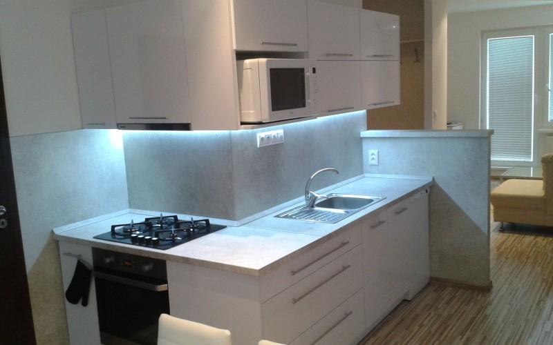 Kompletne zariadený luxusný 3 izbový byt - 025_793aff3d6809be21948fa27e634d0980