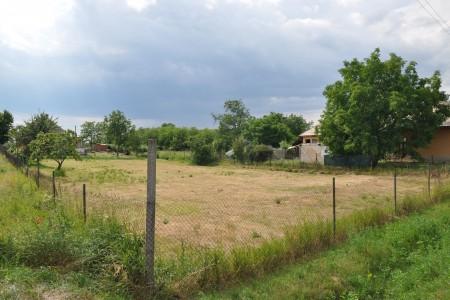 Na predaj široký stavebný pozemok v Hronovciach - DSC_0028_df6462816e44ee59559c257c7e76adb7
