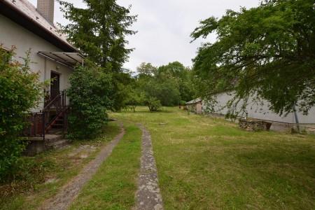 Rodinný dom v Kalinčiakove s pekným pozemkom - DSC_0109_95c4e18f98c49328f91890232a1c281c