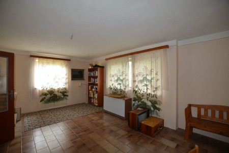 Rodinný dom v Kalinčiakove s pekným pozemkom - DSC_0119_e7cfcd983f6a4b562749f3ef5bb98ca2