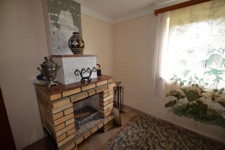 Rodinný dom v Kalinčiakove s pekným pozemkom - DSC_0121_ca6479f73748c5f5d9a121051e0d7826