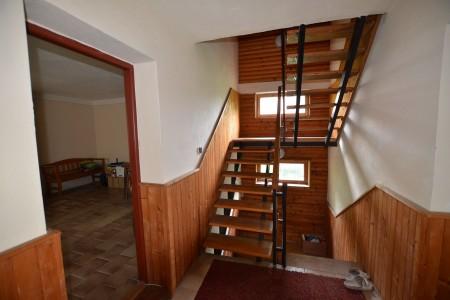 Rodinný dom v Kalinčiakove s pekným pozemkom - DSC_0123_29895e0b6a36fa0857dedb3b92653385
