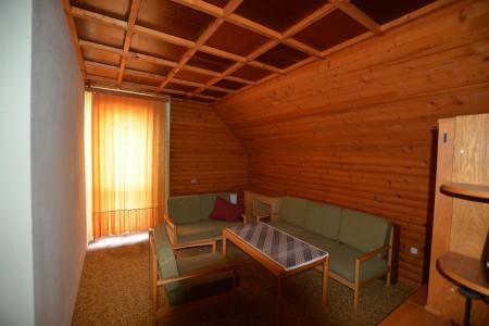 Rodinný dom v Kalinčiakove s pekným pozemkom - DSC_0127_461f9d6b7985130a4fd085317f39a51f