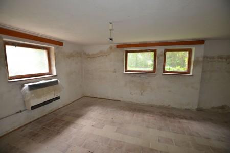 Rodinný dom v Kalinčiakove s pekným pozemkom - DSC_0132_b37d65b223731931c6321d0ce4b3b2ff