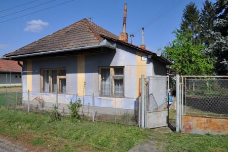 Vidiecky rodinný dom za výhodnú cenu - DSC_0158_987893b5e07763073c075d9a9eda1c4f