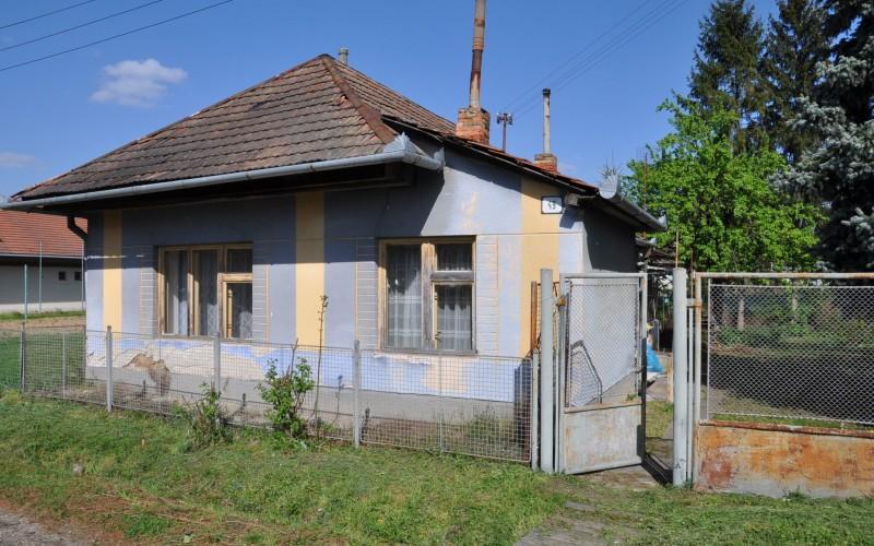 Vidiecky rodinný dom za výhodnú cenu - DSC_0158_9f86d169908d2408c67890d991945e0f