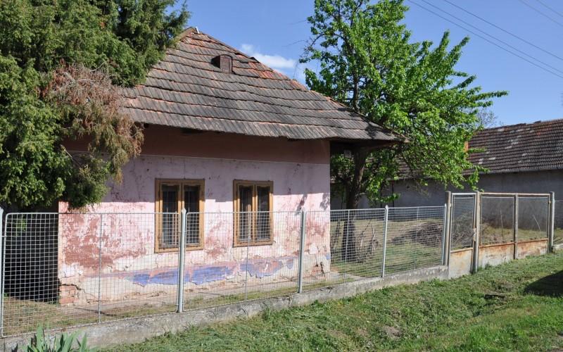 Vidiecky rodinný dom spekným pozemkom - DSC_0161_2119d48b69966f2c104e7d58fe3da785