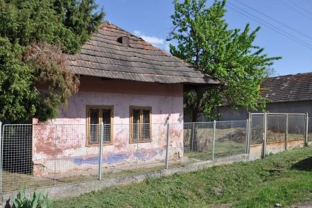 Vidiecky rodinný dom spekným pozemkom - DSC_0161_4b554a63771d129adb385e0e07df7f54
