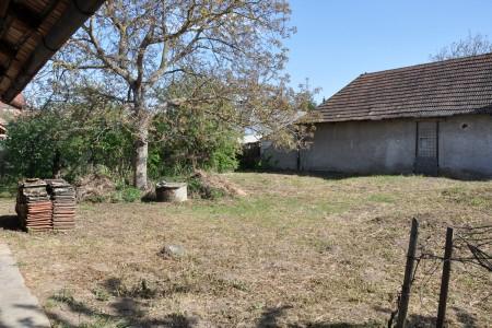 Vidiecky rodinný dom spekným pozemkom - DSC_0163_28dbb2a5d0fda1c42d537771e5670f09
