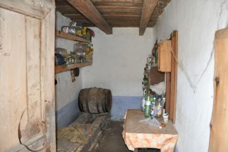 Vidiecky rodinný dom spekným pozemkom - DSC_0169_2857f13808aad47175f9605d339ba52e