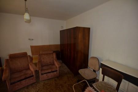 Vidiecky dom s krásnym pozemkom v Drženiciach - DSC_0196_5cd4418bb8c60cb2be68f104f19c44d1