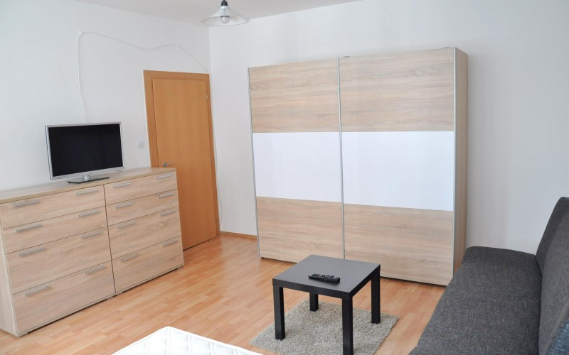 Na prenájom 1 izbový byt po rekonštrukcii, Levice - DSC_0246_3b90354f5de78ece1b71e49be2378e49