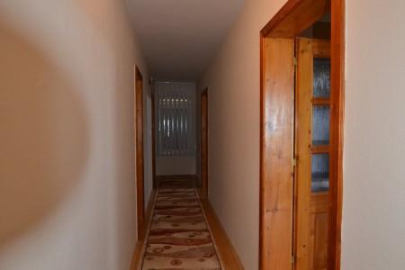 Ponúkame na predaj krásny rodinný dom v Leviciach - DSC_0270_193fb60365e97c85a6c47f5062c8a834