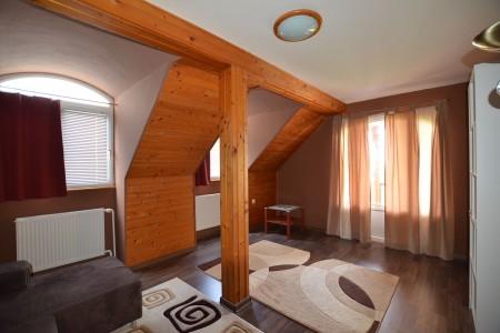 Ponúkame na predaj krásny rodinný dom v Leviciach - DSC_0272_ddbba8151214c88fc162db83fc40d98a
