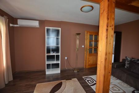 Ponúkame na predaj krásny rodinný dom v Leviciach - DSC_0273_fc92290ded53a9e6cfe7d7bc7ead60da