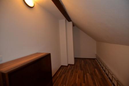 Ponúkame na predaj krásny rodinný dom v Leviciach - DSC_0285_36d4c7f69d1abd59c4fb4699b2f91783