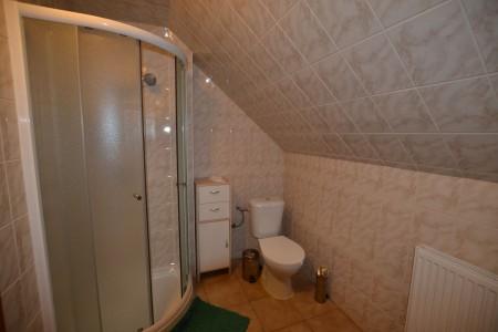Ponúkame na predaj krásny rodinný dom v Leviciach - DSC_0288_ea2ecae1f6c86f46a6fc341c406d9ff5