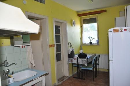 Na predaj rodinný dom Čaka - DSC_0299_2b89aecbfafc30f7dbf04b2a5abe0e83