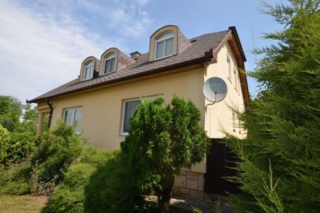 Ponúkame na predaj krásny rodinný dom v Leviciach - DSC_0302_c53da49f5db6054131e5cb8abcdc3a64