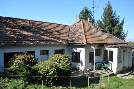 Na predaj rodinný dom Čaka - DSC_0335_9fb862415841ae7470bd2a7fb2d66fe4