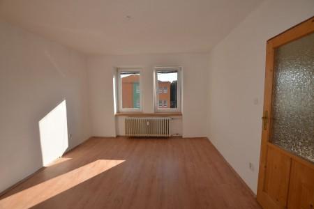 Na predaj 4 izbový byt v Leviciach - tehlový - DSC_0454_d6a988641c3076c08b9be387b1a19664