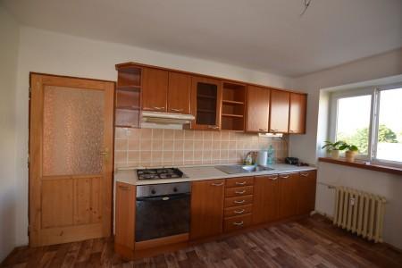 Na predaj 4 izbový byt v Leviciach - tehlový - DSC_0458_038c27ac71adc9aac3033ff62d1fa9a2