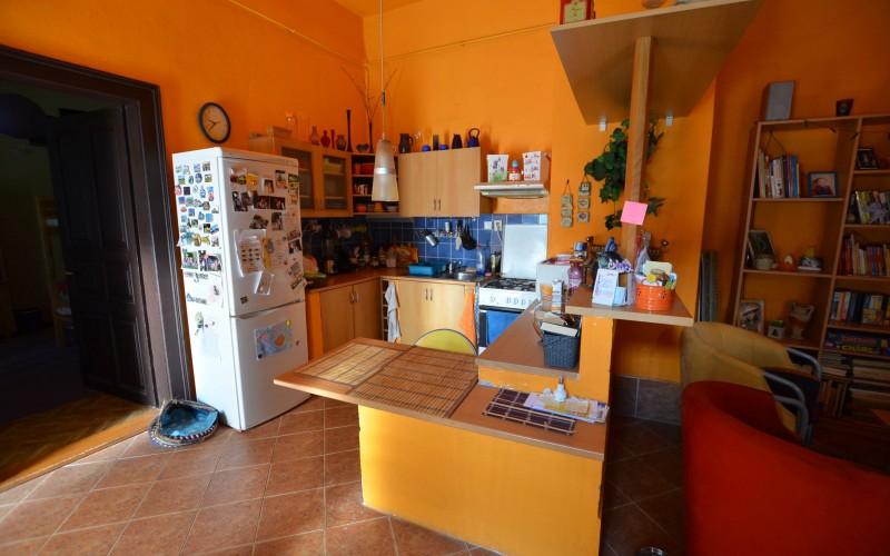 Na predaj rodinný dom vhodný aj na podnikateľské účely v centre mesta Levice - DSC_0499_a9f51e537368751facc5d7a37a8cdc0f