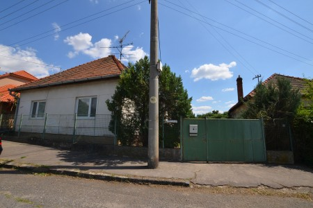 Rodinný dom na predaj v Leviciach, Rezervované - DSC_0669_ad296bf4ad65df083f28c00f75b71373