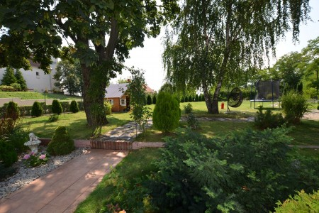 Štýlový rodinný dom s krásnym pozemkom  - DSC_0769_587db83d2fff21fac301031b0fb43640