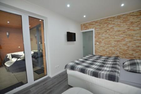 Prenájom luxusnéh 2 izbového bytu s terasou - DSC_0955_11fb4ab56ad85d608a8de1378277bf78