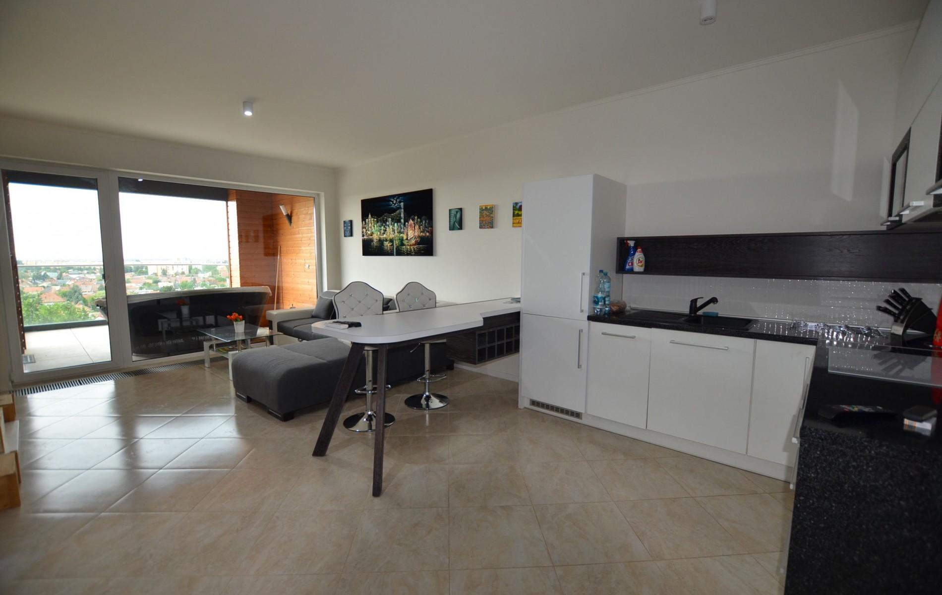 Prenájom luxusnéh 2 izbového bytu s terasou - DSC_0966