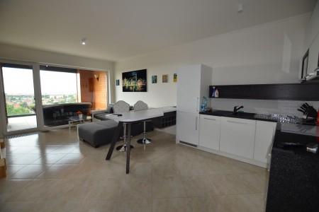 Prenájom luxusnéh 2 izbového bytu s terasou - DSC_0960_97bfd5e8864fefe47427bc024d0aeda7