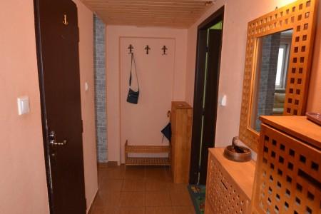 REZERVOVANÉ. Na predaj pekný 3 izbový byt na Dopravnej ulici v Leviciach - DSC_1008_6269d7c5b384314eb62535425f519765