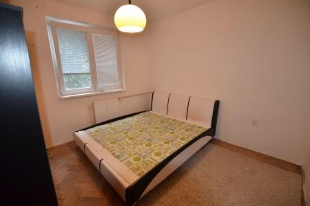 REZERVOVANÉ. Na predaj pekný 3 izbový byt na Dopravnej ulici v Leviciach - DSC_1012_2e3da56da363bb654490125a84bbbc15