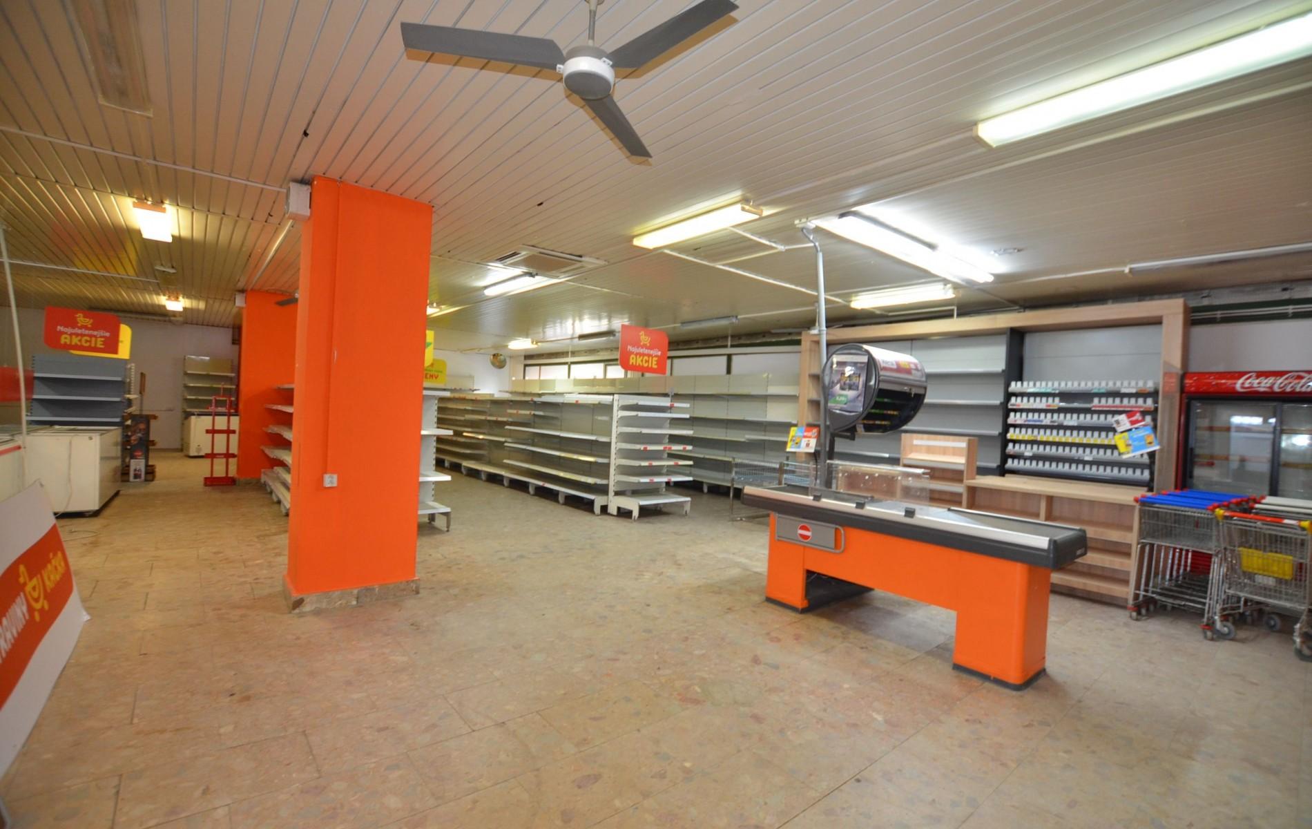 Obchodný priestor centrum Levice - DSC_1067