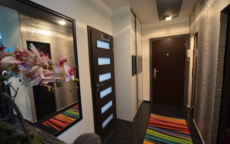 Na predaj luxusný 3 izbový byt s balkónom na ul. Kpt. Nálepku - DSC_1384_b31abd0ceca5c0abc813b1d1fdbc10ce