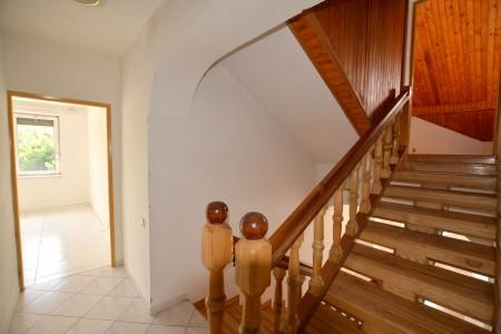 Priestranný rodinný dom v obci Veľký Ďur časť Rohožnica - DSC_7289_af43f79bef53ceef9ffcfbc1a468bae0