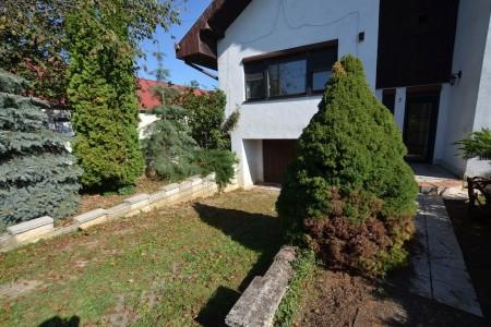 Priestranný rodinný dom v obci Veľký Ďur časť Rohožnica - DSC_7511_daefa08f057b454ee66dc8da92212165