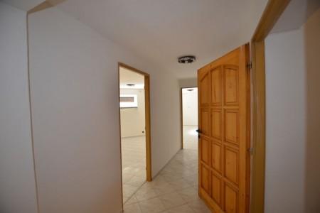 Priestranný rodinný dom v obci Veľký Ďur časť Rohožnica - DSC_7521_c01a26db1407f00272f27ef17afc0972