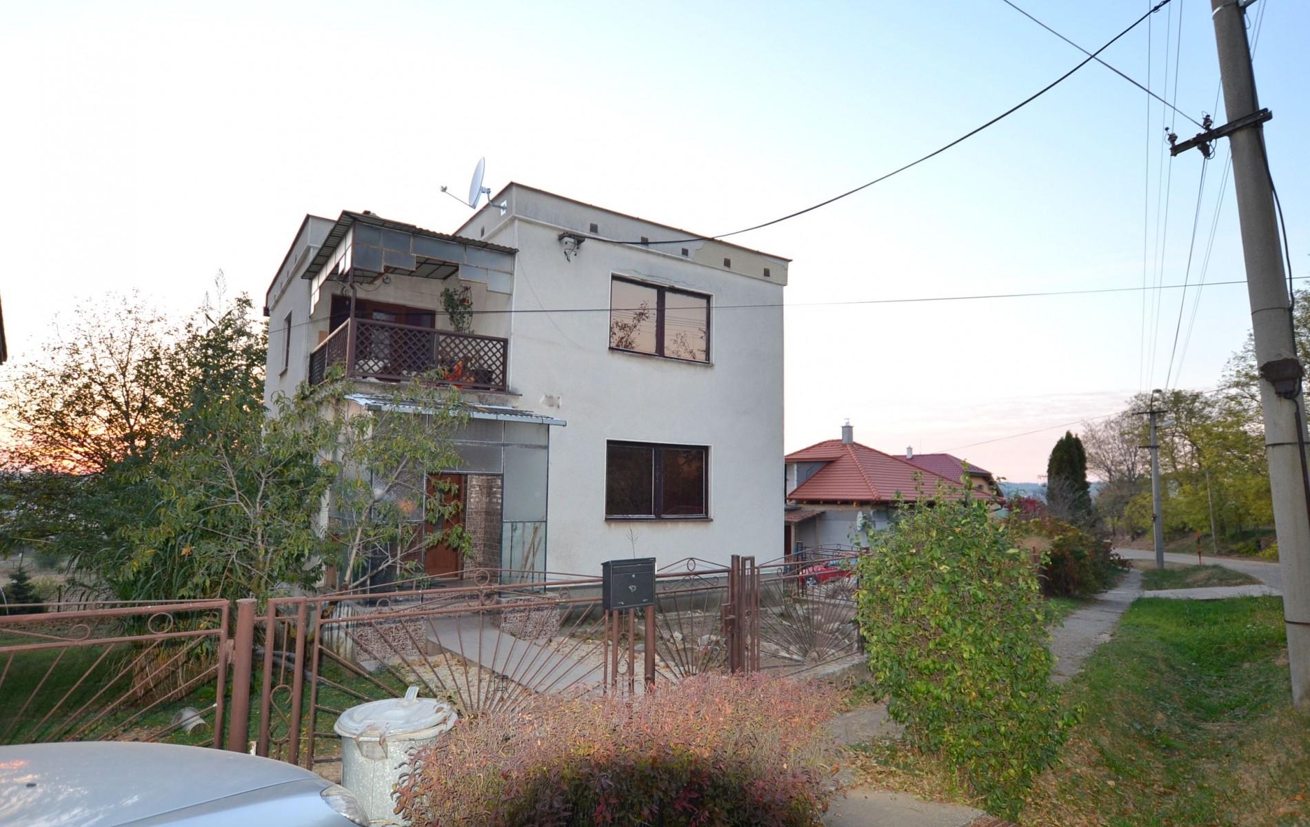 Na predaj rodinný dom v obci Kolta - DSC_7753