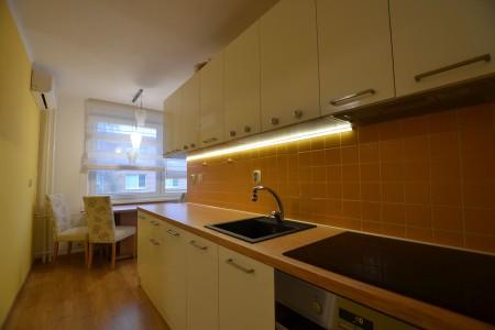Na prenájom krásny 2 izbový byt v tichej lokalite  - DSC_7905_763be529d22b0ec72730208caa4dac02