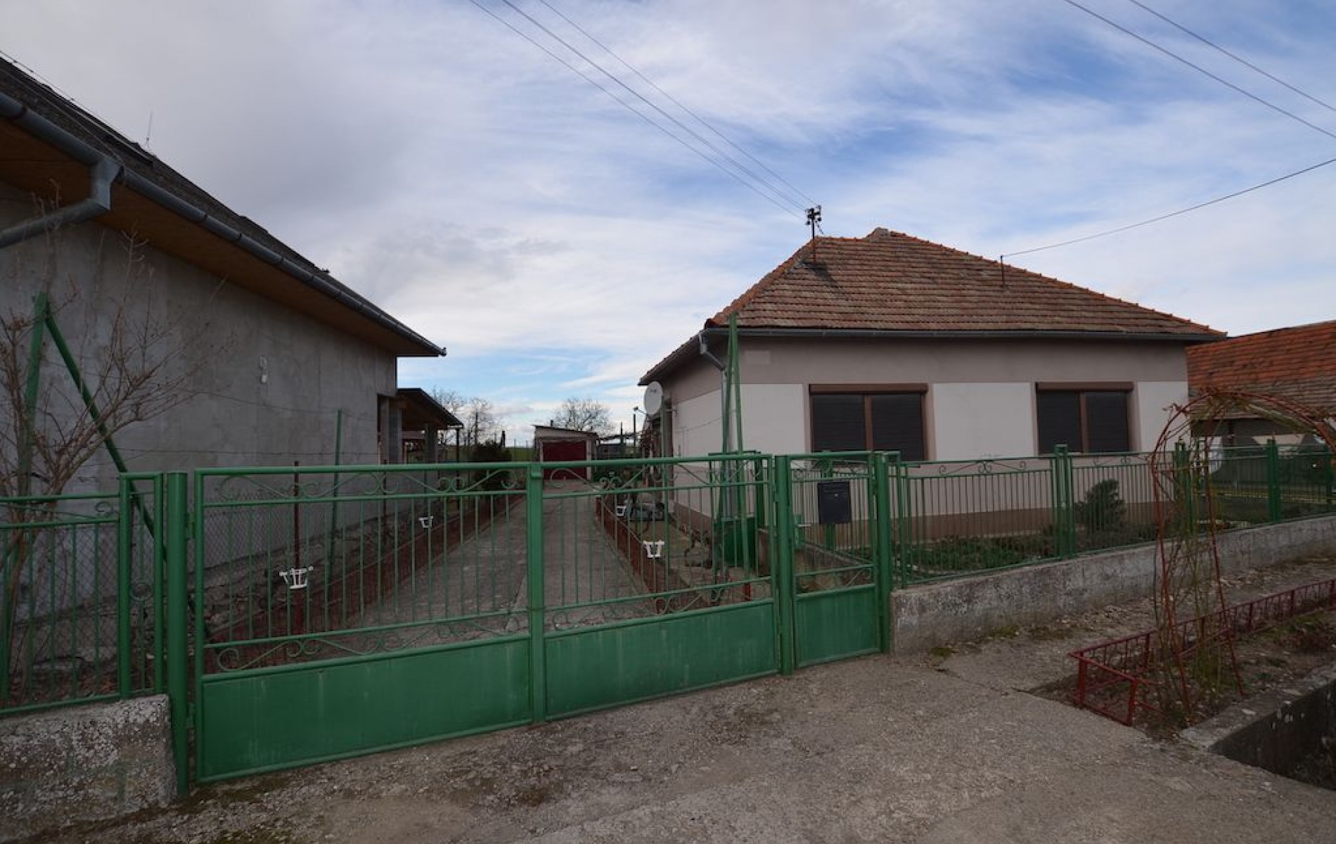 Rodinný dom v tichej časti obce Jur nad Hronom - DSC_8947