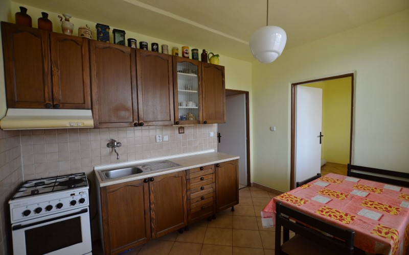4 - izb.byt M.R.Štefánika s 2 balkónmi -Levice - DSC_9046_619f24c676c8169ded6d2a3b25705101
