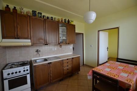 4 - izb.byt M.R.Štefánika s 2 balkónmi -Levice - DSC_9046_bcfd3c0e13cba1d7f67107b0ce2075be