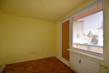 4 - izb.byt M.R.Štefánika s 2 balkónmi -Levice - DSC_9047_58418a205664b7f4880f2fc5b6603b76