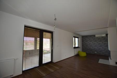 Na predaj neobývaná novostavba v obci Čajkov  - DSC_9176_baf76e02c64507f6af4341ab87e8b223