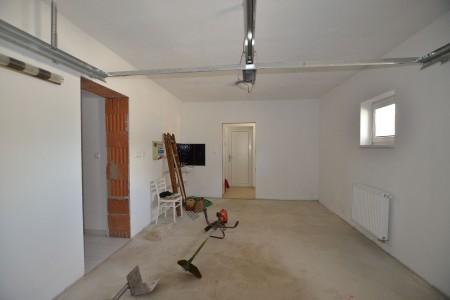 Na predaj neobývaná novostavba v obci Čajkov  - DSC_9178_6a800e519f632ee3823c38c03089f259