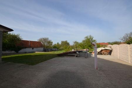 Na predaj neobývaná novostavba v obci Čajkov  - DSC_9186_d55c483dafe07ff35b6df7db5c202247