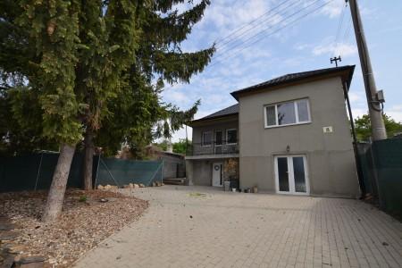 Rodinný dom na prenájom v Leviciach - DSC_9753_8c208eb1a5a508e9e38bc848648a2159