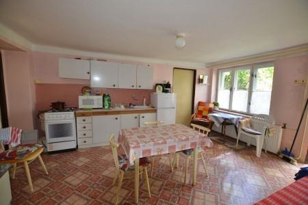 Ponúkame na predaj dvojpodlažný rodinný dom v obci Horný Pial - DSC_9959_9dd80d04ced665b74e5b2d37d3817a61